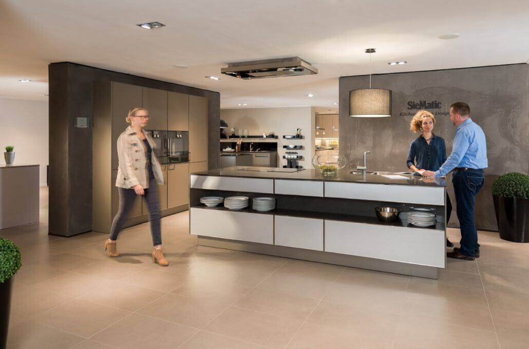 bad und k che in duvenstedt. Black Bedroom Furniture Sets. Home Design Ideas