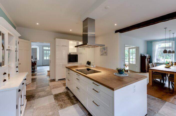 Moderne küche in landhausoptik